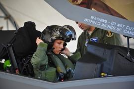 Kirepült az első női F–35-ös pilóta