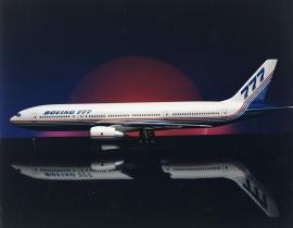 20 éve állt forgalomba a világ legsikeresebb kéthajtóműves szélestörzsűje, a Boeing B 777-es