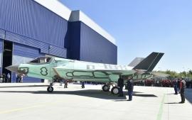 Elkészült az első Olaszországban összeszerelt F–35B tengerészeti vadászgép