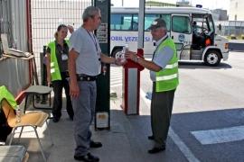 Tarol a kánikula a repülőtéren is
