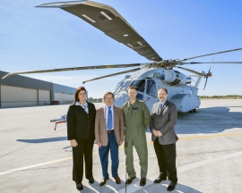 Bemutatták a NATO vezetőinek az új CH–53K helikoptert